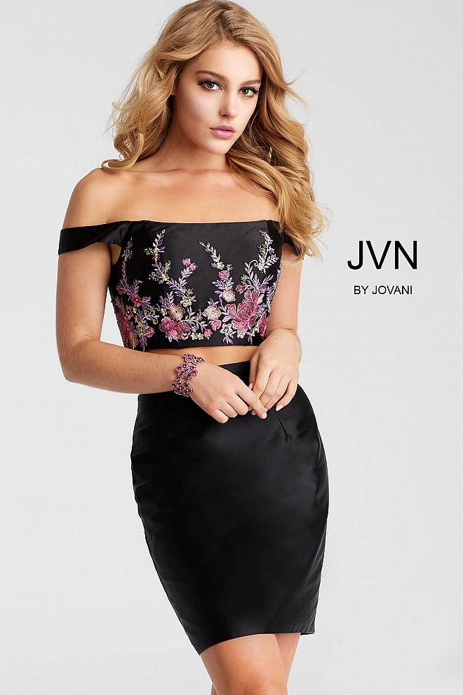 Black Off the Shoulder Two Piece Fitted Short Dress JVN56026