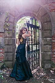 Black Fitted Two-Piece Prom Dress JVN41194
