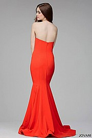 Red Strapless Plunging Sweetheart Neck Dress JVN31607