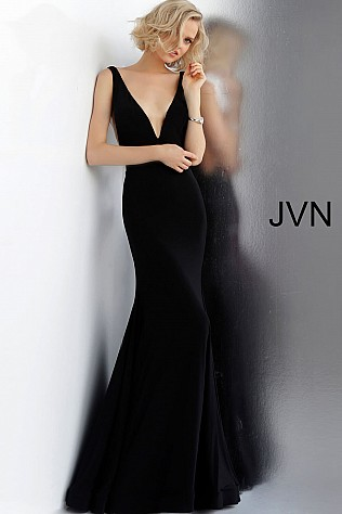 Black Plunging Neckline Fitted Sleeveless Prom Dress JVN66520