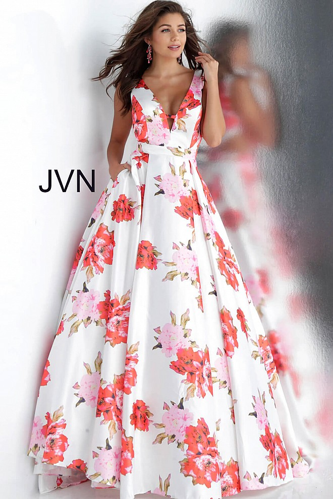 White Print V Neck Pleated Skirt Prom Dress JVN66721