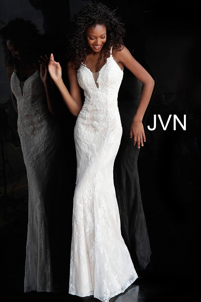 Ivory Fitted Lace Plunging Neckline Bridesmaid Dress JVN66971