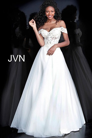 Champagne Off the Shoulder Sweetheart Neck Prom Ballgown JVN67612