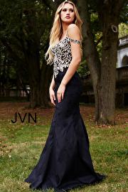 Black Embellished Bodice Sweetheart Neck Prom Dress JVN60204