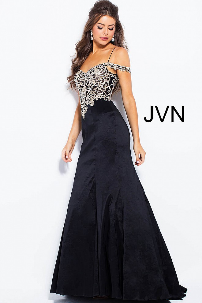 Black Long Fitted Off The Shoulder Embroidered Mermaid Prom Dress