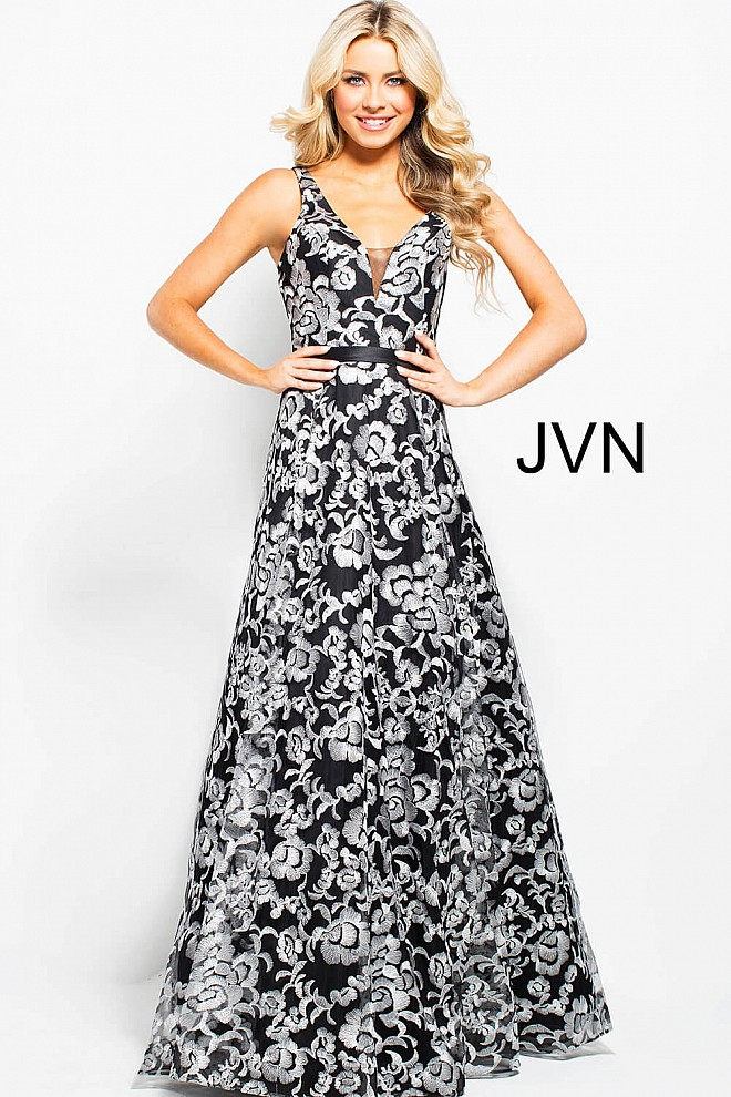 Black white long A line embroidered tulle sleeveless v back prom gown.