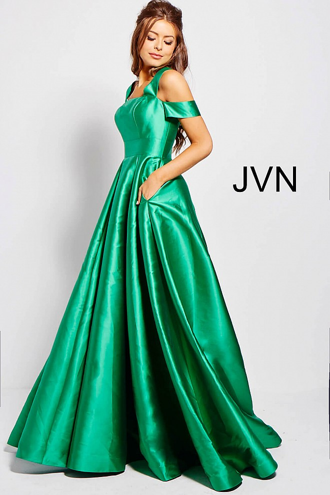 ecd15f28d621 Jvn Green Pleated Skirt Off the Shoulder Prom Gown JVN55410