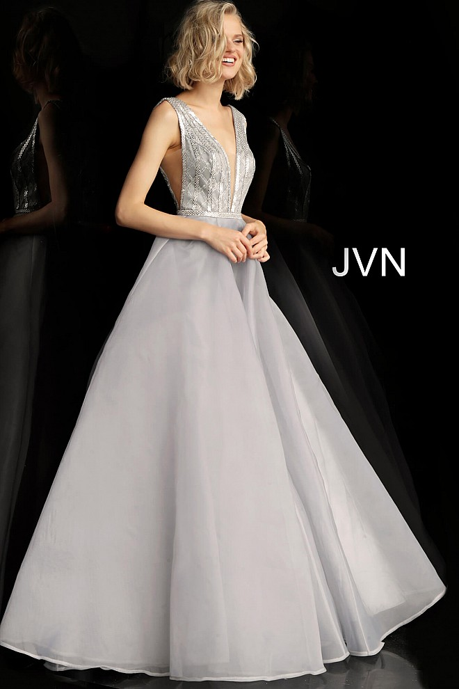 Silver Backless Plunging Neckline Prom Gown JVN62502