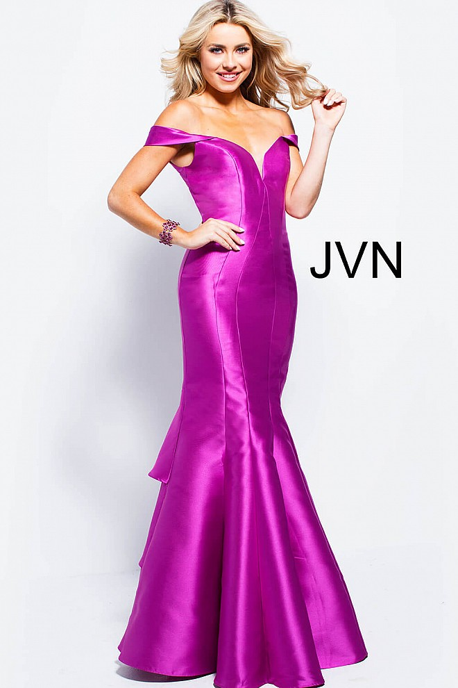 Violet long fitted ruffle back plunging neckline mermaid prom dress.