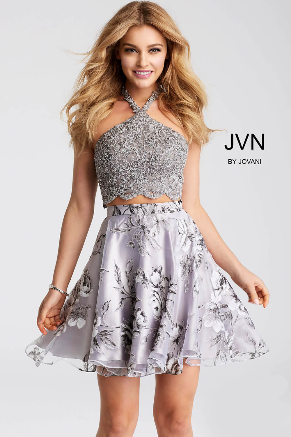 263e76af19 Grey floral print two piece sleeveless chiffon short dress.